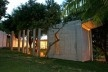 Vista noturna da fachada leste<br />Foto Léo Azevedo