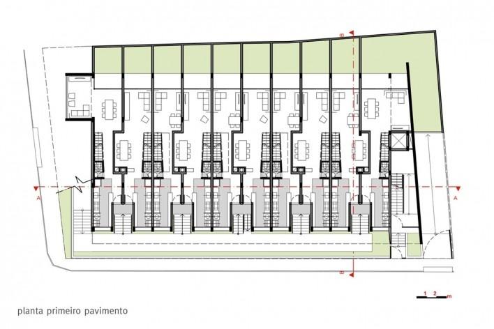 Estúdios Ouro Preto, planta primeiro pavimento, Sete Lagoas MG Brasil, 2016. Arquitetos Carlos Alberto Maciel e Ulisses Mikhail Jardim Itokawa / Arquitetos Associados<br />Imagem divulgação  [Acervo Arquitetos Associados]