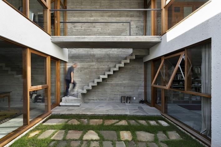 Casa da Lagoa, Florianópolis SC Brasil, 2019. Architects Francisco Fanucci and Marcelo Ferraz / Brasil Arquitetura<br />Foto/Photo Ronaldo Azambuja