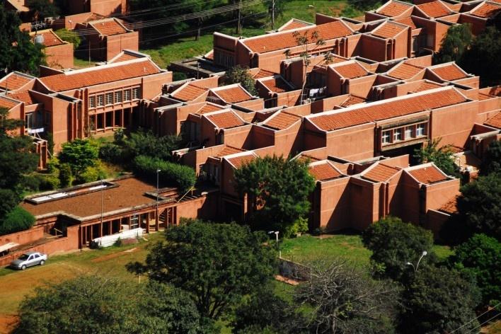 Residência estudantil da Unicamp, Joan Villà<br />Foto Stepan Norair Chahinian