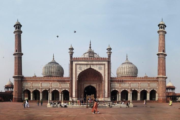 Alexandrina Mori na Mesquita Jami Masjid, Delhi, Índia, 2010<br />Foto Victor Hugo Mori