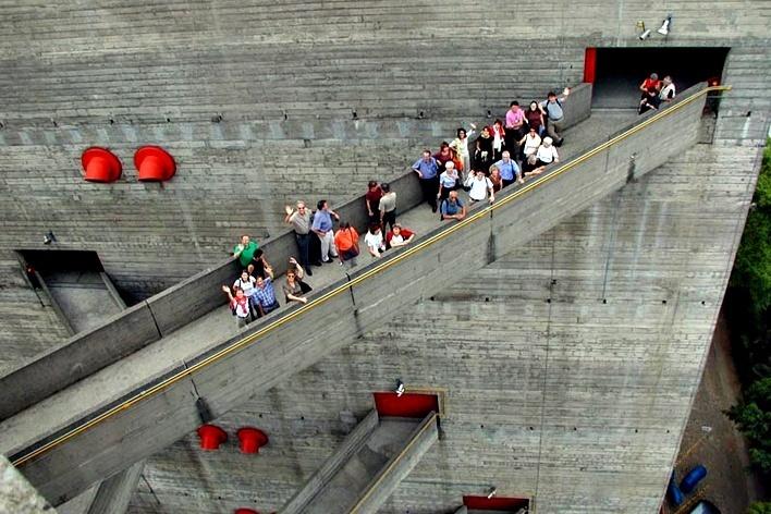 Sesc Pompéia, São Paulo. Arquiteta Lina Bo Bardi<br />Foto Butikofer & de Oliveira Arquitetos