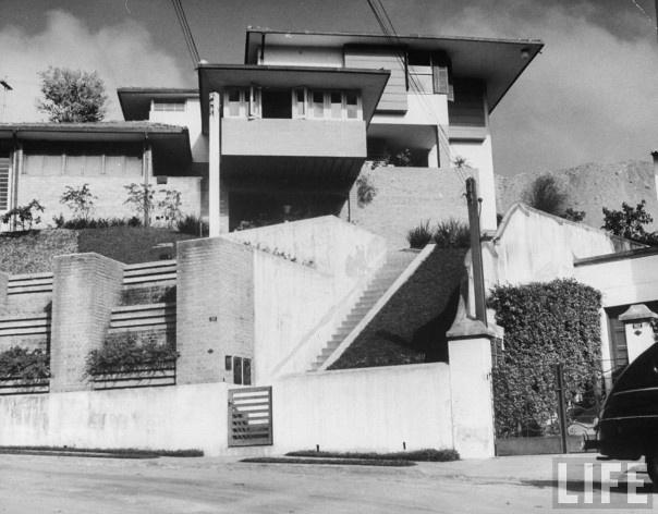 Casa Rio Branco Paranhos, Pacaembu. Arquiteto Vilanova Artigas, 1943<br />Foto Dimitri Kessel  [Acervo Life]