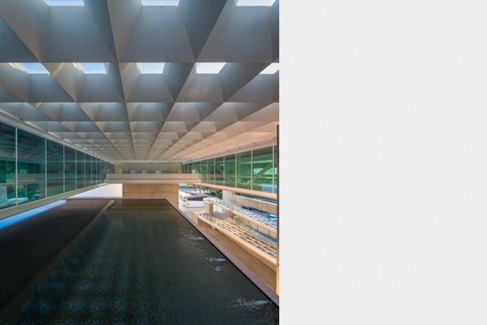 Museu Nacional dos Coches, foyer do anexo, Lisboa. Arquiteto Paulo Mendes da Rocha, MMBB arquitetos e Bak Gordon arquitetos<br />Foto Fernando Guerra  [FG+SG Architectural Photography]