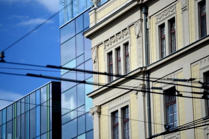 Contraste, diálogo de tempos, modernidade e tradição<br />Foto Fabio Jose Martins de Lima