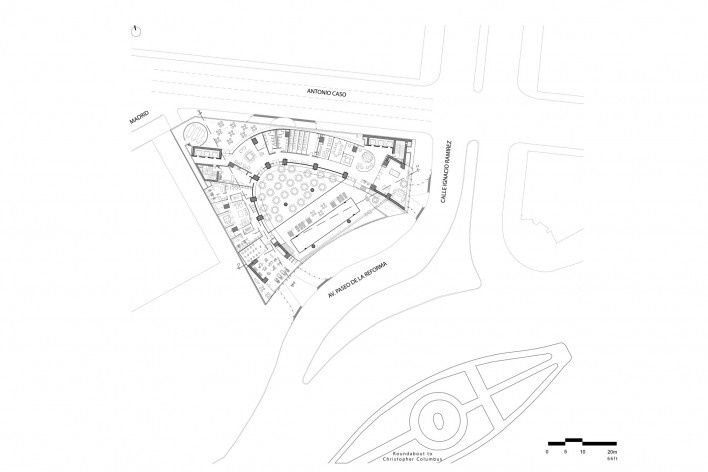 Piso Bajo<br />Diseño de los autores del proyecto  [Migdal Arquitectos]