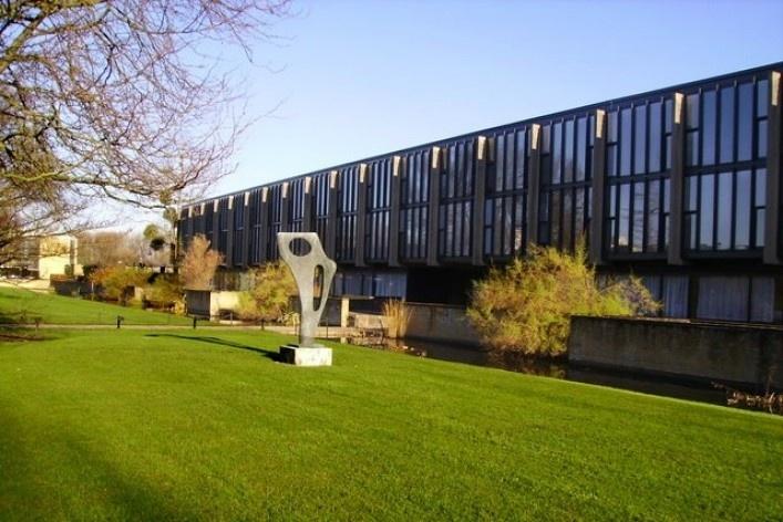 Saint Catherine's College,, Oxford, Inglaterra, 1959-1964, arquiteto Arne Jacobsen<br />Foto Kenneth Yarham