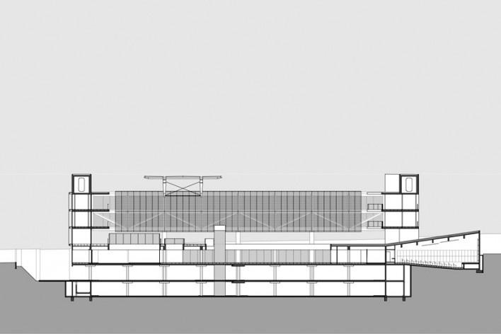 Sede do Sebrae Nacional, corte longitudinal, Brasília DF, 2010. Arquitetos Alvaro Puntoni, Luciano Margotto, João Sodré e Jonathan Davies