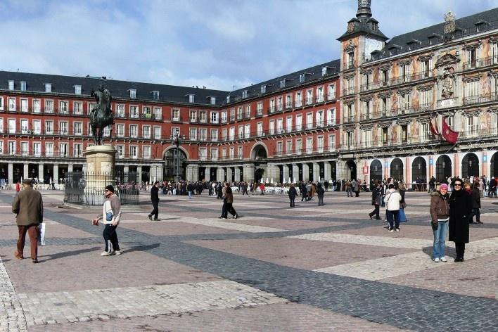 Alexandrina Mori na Plaza Mayor, Madri, 2006<br />Foto Victor Hugo Mori