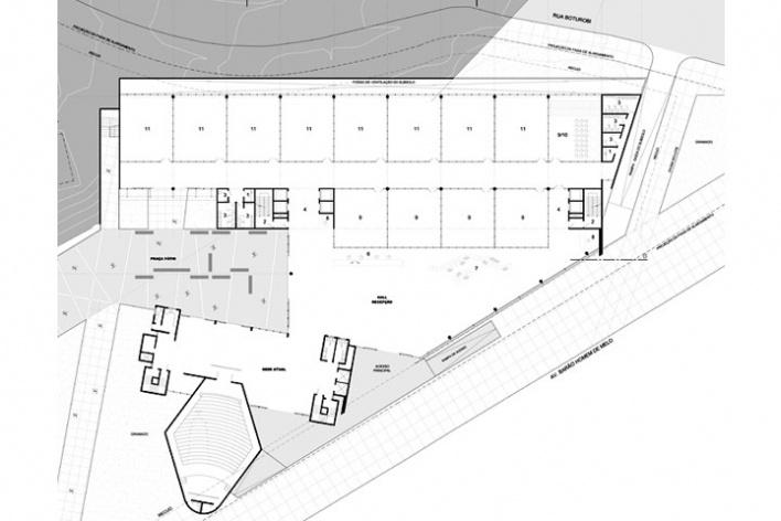 Centro de Referência em Empreendedorismo do Sebrae-MG, planta pavimento térreo, 2º lugar. Arquiteto Francisco Spadoni, 2008<br />Desenho escritório
