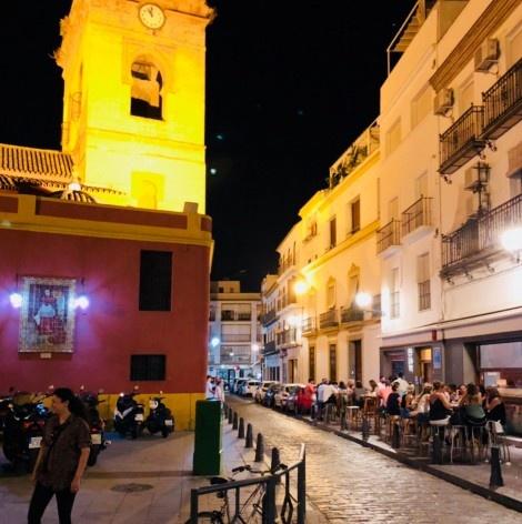 Rua Eslava no oitão da igreja de Jesus del Gran Poder <br />Foto José Lira