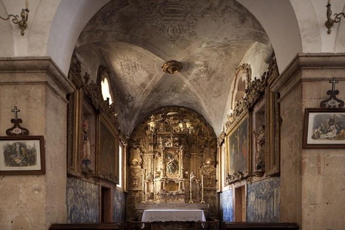 49. Mosteiro do Vartojo<br />Foto Eduardo Costa  [Arquivo Portugal: 2011-2012]