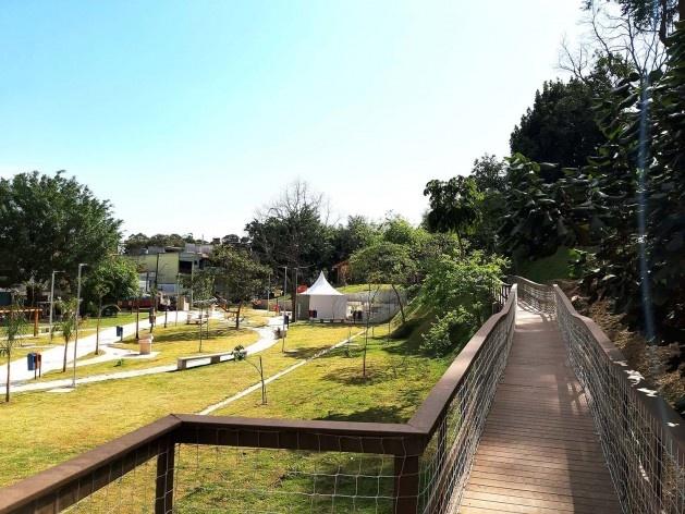 Parque Municipal Nair Bello, imagem da passarela, São Paulo SP Brasil, 2020. Secretaria Municipal do Verde e do Meio Ambiente<br />Foto divulgação  [Acervo SVMA/DIPO]
