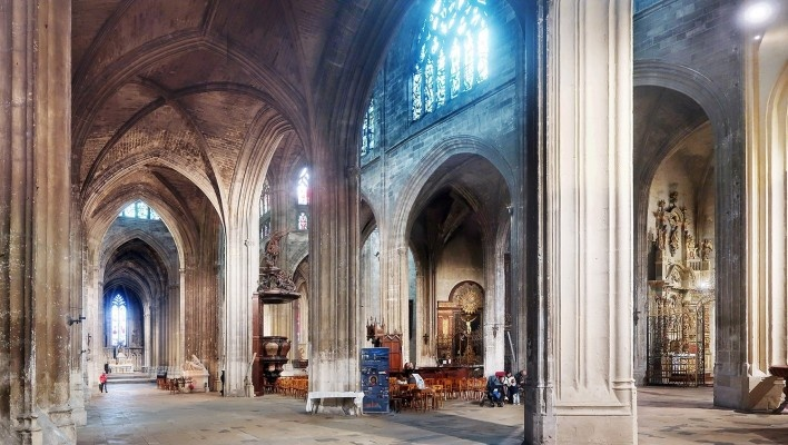 Catedral de Saint-Michel, Carcassonne, França<br />Foto Victor Hugo Mori