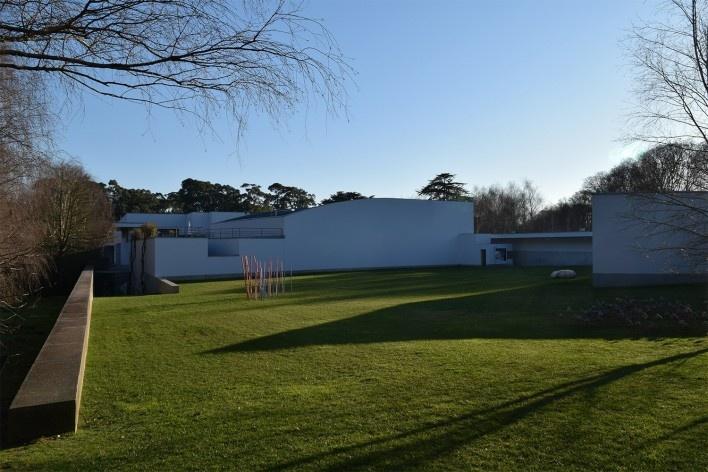 Fundação de Serralves – Museu de Arte Contemporânea, auditório, Porto, arquiteto Álvaro Siza<br />Foto Masao Kamita