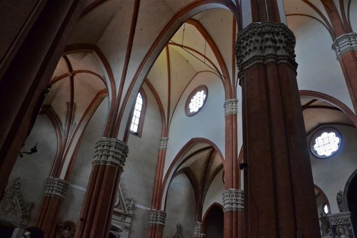 Centro Histórico de Bolonha, arcos ogivais na estrutura da Basílica de San Petronio<br />Foto Fabio Jose Martins de Lima