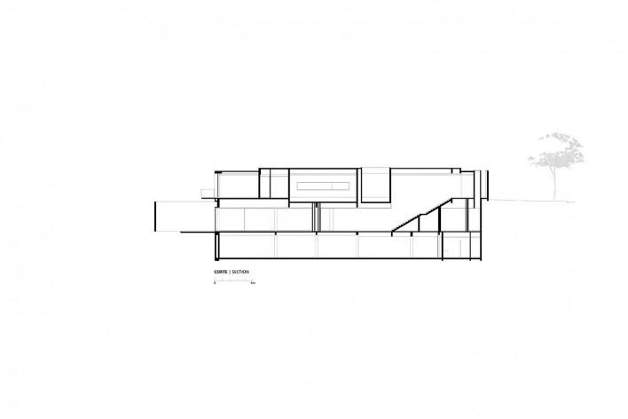 Instituto Ling, corte, Porto Alegre RS Brasil, 2014. Arquiteto Isay Weinfeld (autor)<br />Imagem divulgação / disclosure image  [Isay Weinfeld]