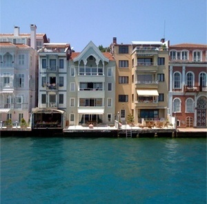 Yalis junto ao Bósforo, Istambul
