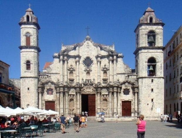 Igreja, Havana, Cuba<br />Foto Michel Gorski e Valdir Zwetsch