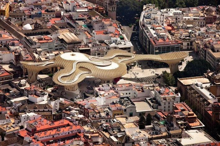 Metropol Parasol, vista aérea da implantação, Sevilha. J. Mayer H. Architects, 2004<br />Foto Fernando Alda