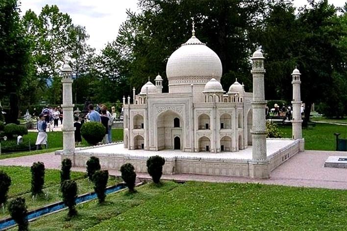 Miniatura do Taj Mahal, MiniEurope, Parque das Miniaturas, Bruxelas<br />Foto Clô Figueiredo