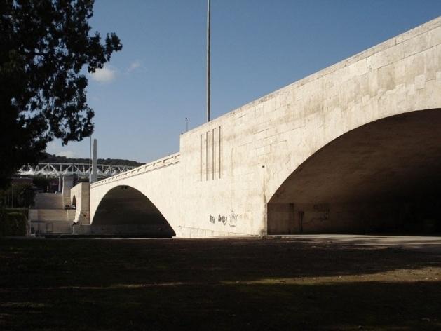 Ponte Duca D'Aosta, arquiteto V. Fasolo, 1935-39<br />Foto Claudia dos Reis e Cunha