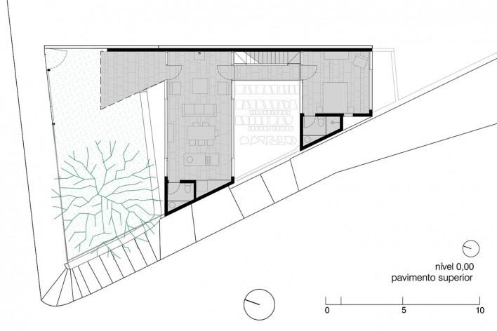 Casa da Lagoa, planta primeiro pavimento, Florianópolis SC Brasil, 2019. Arquitetos Francisco Fanucci e Marcelo Ferraz / Brasil Arquitetura<br />Imagem divulgação  [Acervo Brasil Arquitetura]