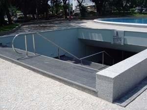 Memorial Getúlio Vargas. Escada vista da praça<br />Foto de Kadu Niemeyer