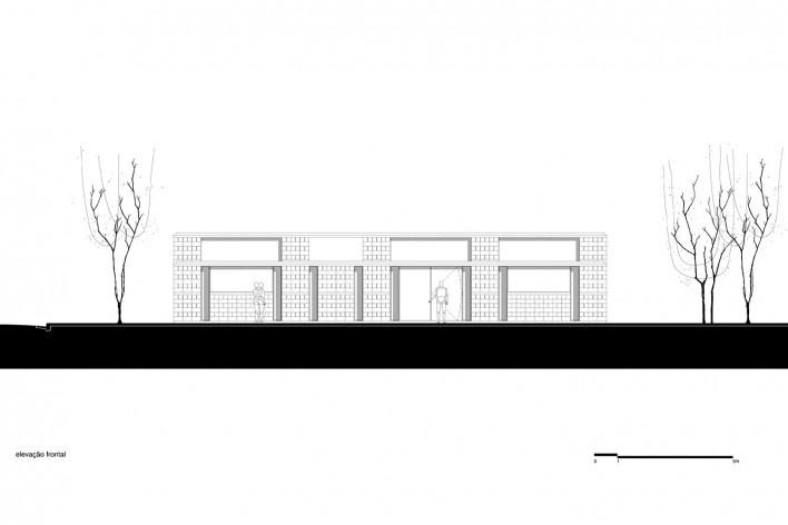 Sede de uma Fábrica de Blocos, elevação frontal, Avaré SP Brasil, 2015. Arquitetos André Nunes, Anna Juni, Enk te Winkel e Gustavo Delonero (autores) / Vão Arquitetura<br />Imagem divulgação  [Acervo Vão Arquitetura]