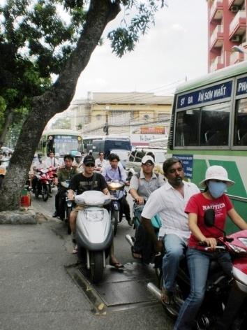 Paisagem urbana de Saigon<br />Foto Lucia Maria Borges de Oliveira