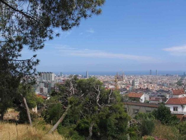 Sagrada Familia vista del Parque Guell, Barcelona<br />Foto Abilio Guerra