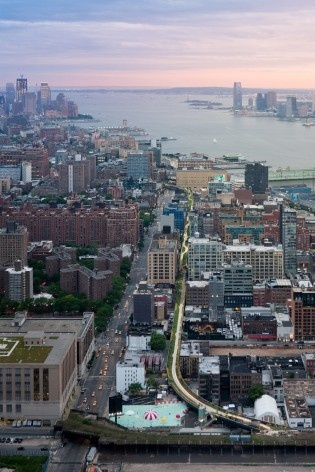 Aerial View, from West 30th Street, looking South toward the Statue of Liberty and the World Trade Center site<br />Photo Iwan Baan 2011