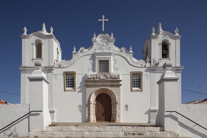 30. Igreja Matriz de São Tiago, Estombar<br />Foto Eduardo Costa  [Arquivo Portugal: 2011-2012]