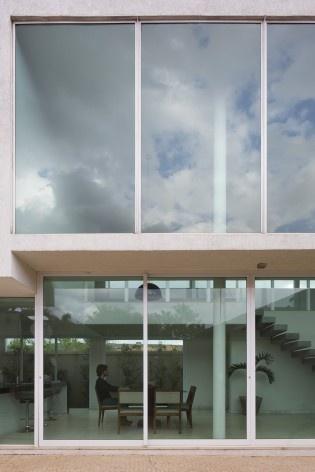 Casa vale do sol, detalhe dos caixilhos das janelas para o quintal. Marcos Franchini<br />foto Gabriel Castro