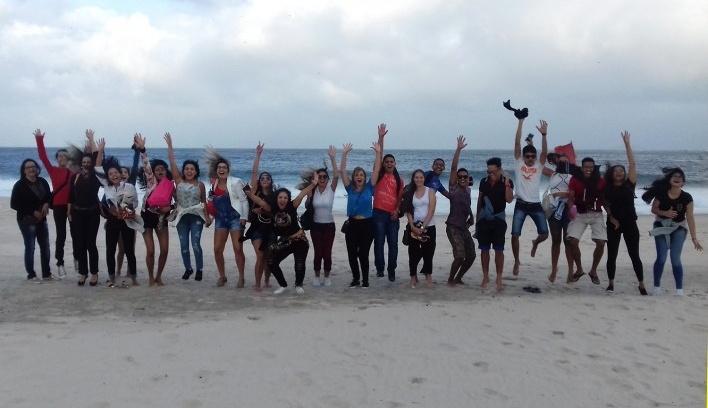 Estudantes do ITPAC contemplam Copacabana, Rio de Janeiro, 04/08/2017<br />Foto equipe ITPAC – Porto Nacional