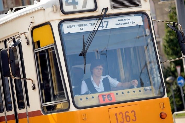 Transporte público, tram no percurso do centro histórico<br />Foto Fabio Jose Martins de Lima