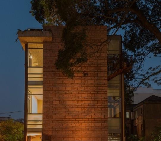 Casa Lutzenberger, vista externa. Reforma  Kiefer arquitetos