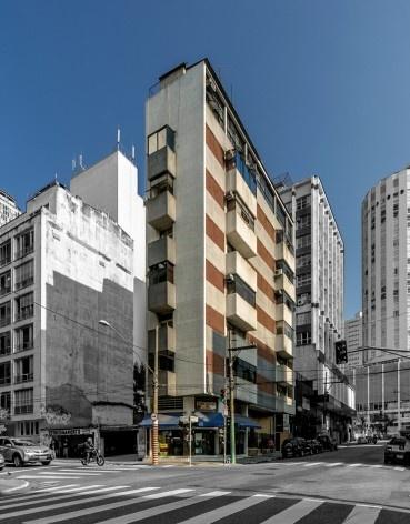 Edifício Jaruá, 1955/1956. Arquiteto Eduardo Kneese de Mello<br />Foto Rafael Schimidt  [Fotoarquitetura]