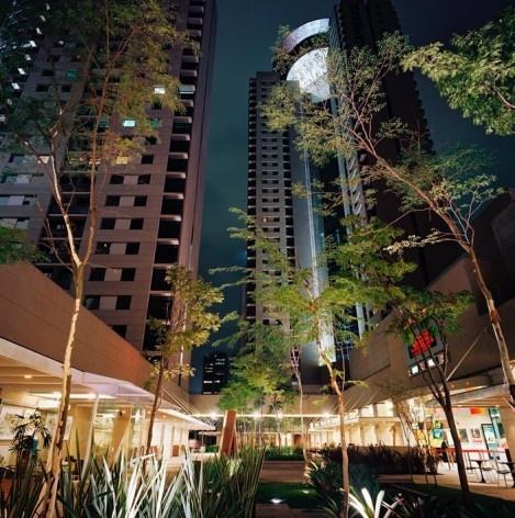 Brascan Century Plaza, São Paulo. Escritório Konigsberger Vannucchi, 2000-2003<br />Foto divulgação  [Acervo KV]
