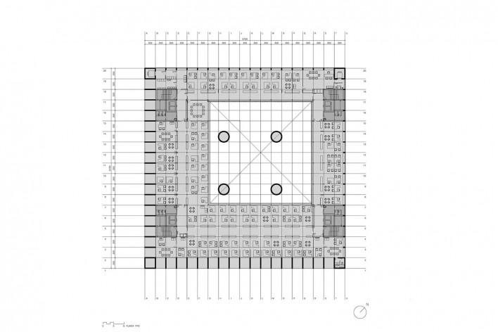 Caja Granada, planta tipo, Andaluzia, Espanha, 2001. Arquiteto Alberto Campo Baeza<br />Imagem reprodução / imagen reproducción  [Website campobaeza.com]