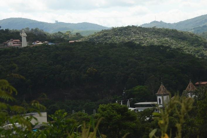 Curso d'água nas proximidades da comunidade de Santa Rita de Pacas<br />Foto/Photo Fabio Lima