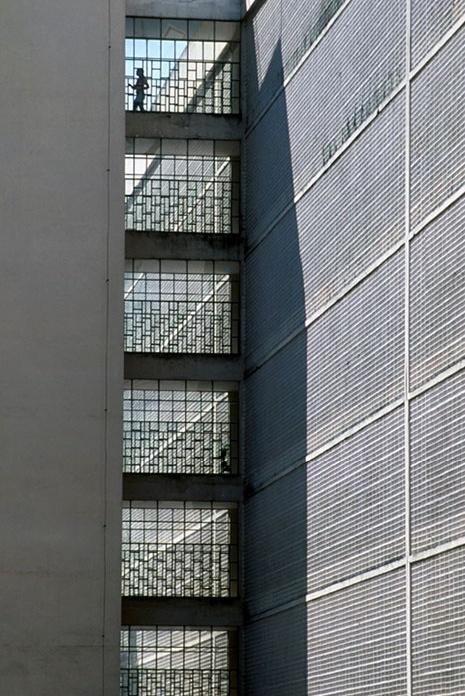 Bloco residencial asa sul, 2004<br />Foto Salomon Cytrynowicz