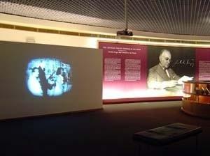 Memorial Getúlio Vargas. Hall de entrada<br />Foto de Kadu Niemeyer