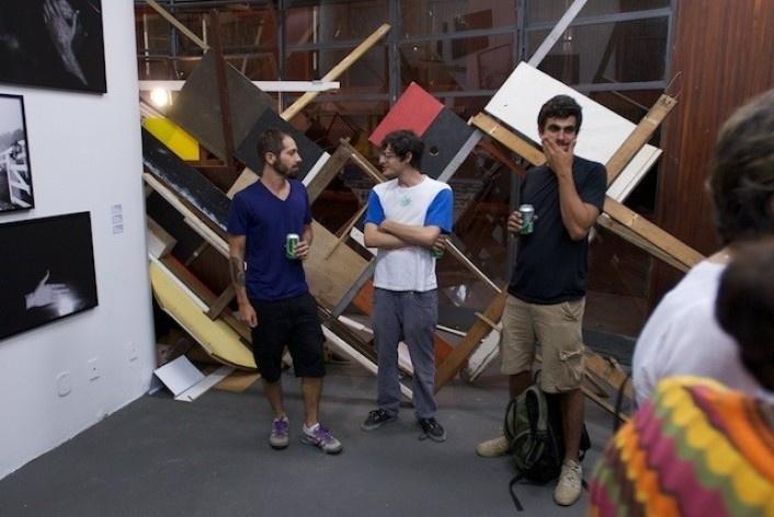 Exposição Projeto Imóvel, instalação de Jan Nehring<br />Foto Frans Kemper