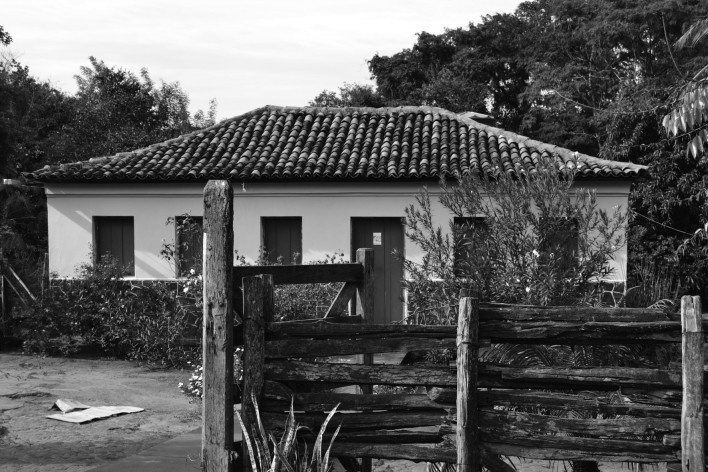 Uma casa de adobe com acabamento completo e bem preservada<br />Foto Ana Carolina Brugnera, 2017