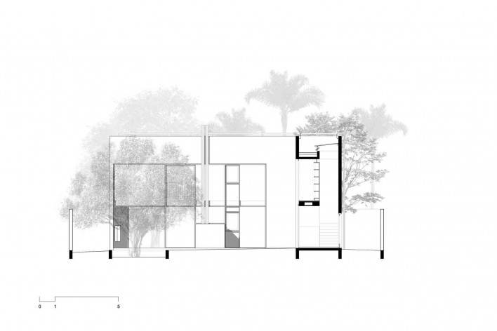Casa 239, corte bb, São Paulo SP, 2012. Una Arquitetos<br />Imagem divulgação