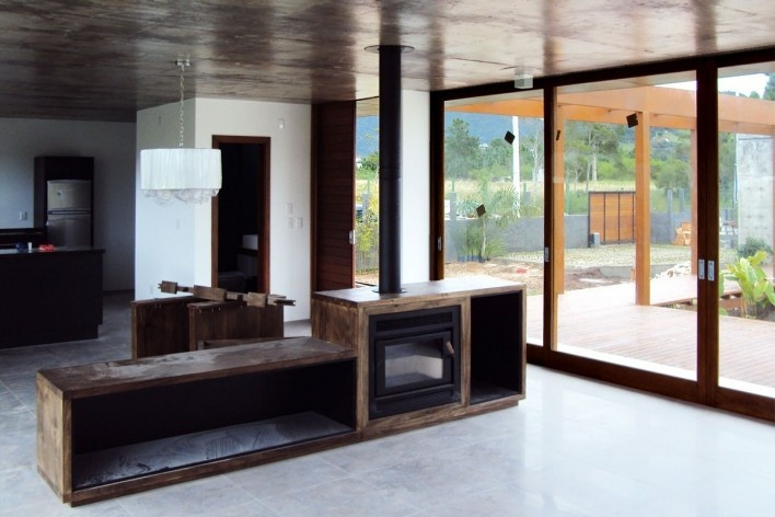 Casa JRV, 2008. Otra Arquitetura. Florianópolis, Brasil