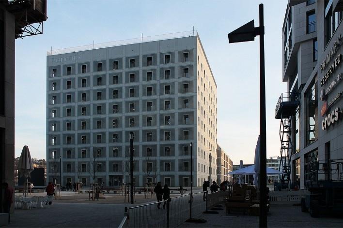 Biblioteca Municipal de Stuttgart. Arquiteto Young Yi<br />Foto Luiz Antonio Lopes de Souza