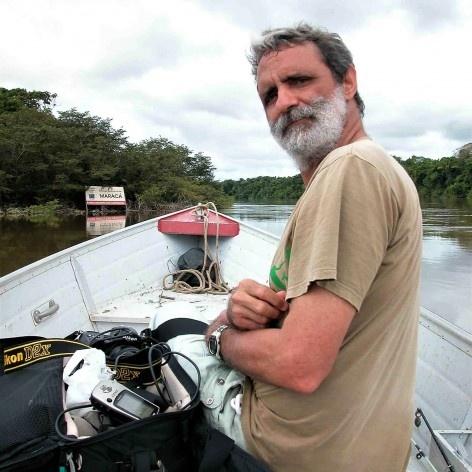 Luiz Cláudio Marigo no Rio Uraricoera RR<br />Foto José Tabacow