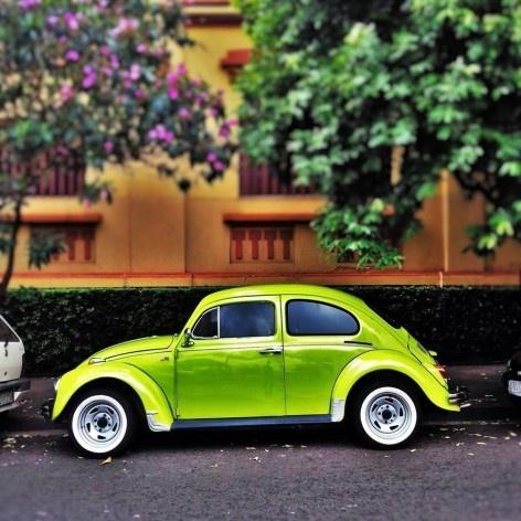 """Fusca verde abacate, série fotográfica """"Os fuscas ofuscam""""<br />Foto Fernando Mascaro"""